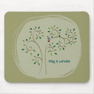 living in paradise mouse mat