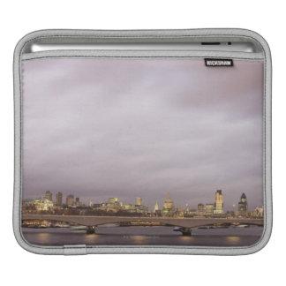 London 3 iPad sleeve