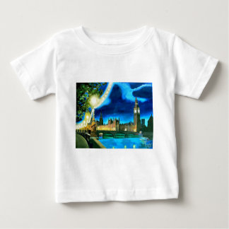 London Big Ben and Parliament with Thames T Shirt