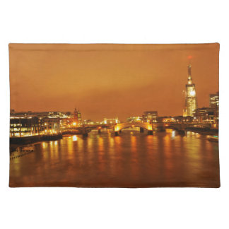 London by night placemat