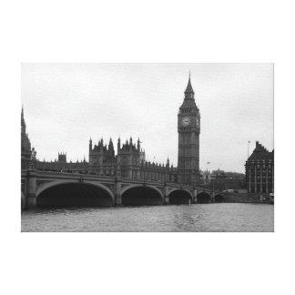 London, England Canvas Prints
