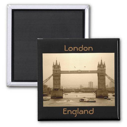 London England magnet