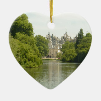 London: Horseguard-Whitehall Ceramic Heart Decoration