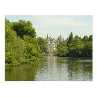 London Horseguard-Whitehall Postcard