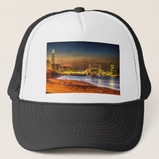 London Night View Trucker Hat