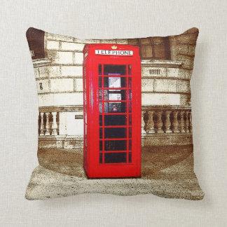 London Phone Box (poster edge effect) Throw Pillow