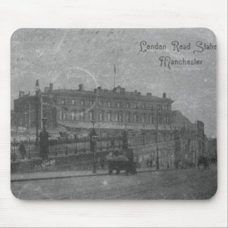 London Road Station, Manchester, c.1910 Mouse Mat