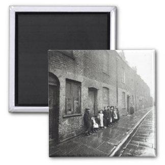 London Slums, c.1900 Magnet
