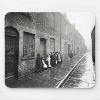 London Slums, c.1900 Mouse Mat