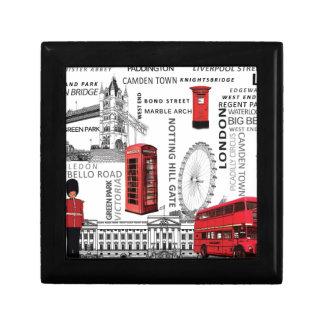 London souvenir merged.jpg gift box