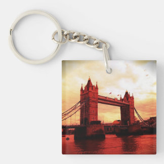london tower bridge red keychain