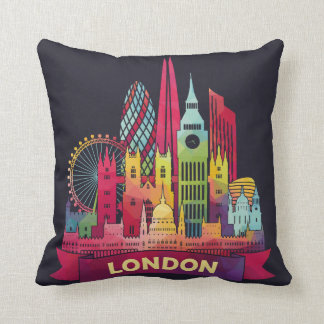London - Travel to the famous Landmarks Throw Pillow