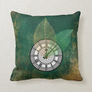 Londoner Big Ban Clock Black Tropical Gold Leaf Throw Pillow