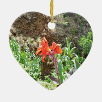 Lone Canna Lily Ceramic Heart Decoration