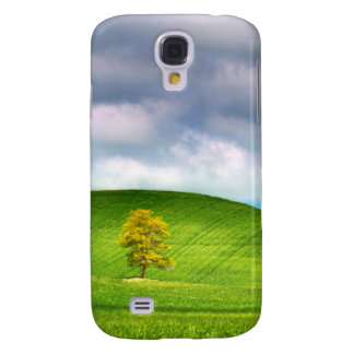 Lone tree surrounded by rolling hills of wheat galaxy s4 case