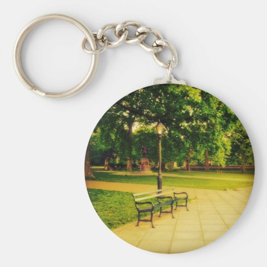 Lonely Park Bench Basic Round Button Key Ring