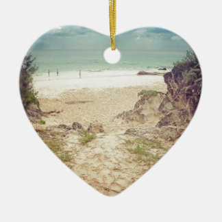 Look to the sea ceramic heart decoration