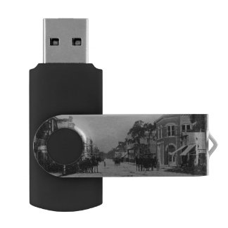 Looking West On Flagler Street USB Flash Drive
