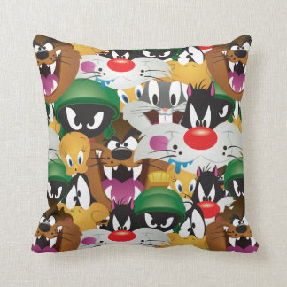 LOONEY TUNES™ Emoji Pattern Cushion