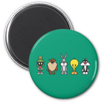 LOONEY TUNES™ Group Photo Op 6 Cm Round Magnet