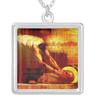 Loose your mind square pendant necklace