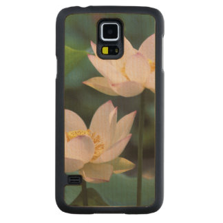 Lotus flower in blossom, China Carved Maple Galaxy S5 Case