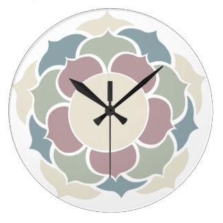 Lotus in pastell large clock