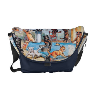 Louis Wain - Funny Anthropomorphic Cats Cleaning Messenger Bag