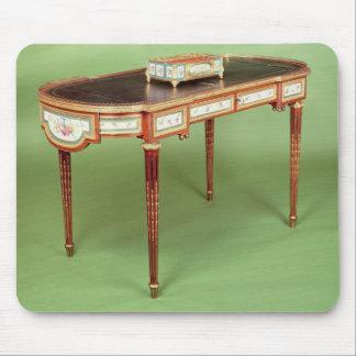 Louis XVI bureau plat with pale tulipwood veneer Mouse Pad