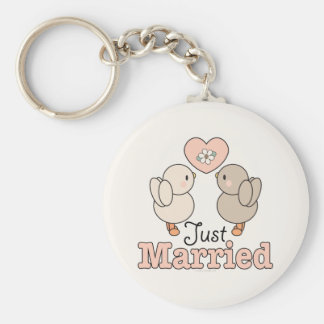 Love Birds Just Married Wedding Keychain