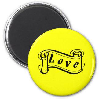 Love black knows scroll 6 cm round magnet