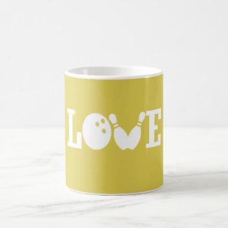 LOVE BOWLING COFFEE MUG