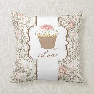 Love Cupcakes Fun Graphic Design Throw Cushion