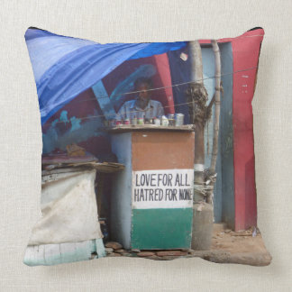 Love for all, Hatred for none, Chennai Throw Pillow