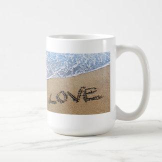 Love into the sand written Mug