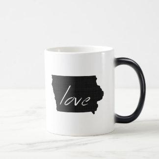 Love Iowa Morphing Mug