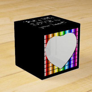 Love is everywhere favour box