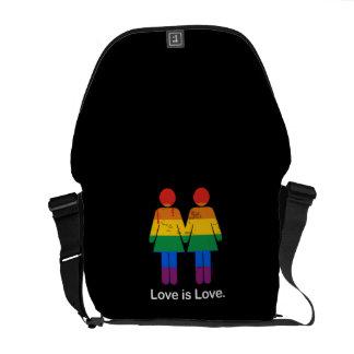 LOVE IS LOVE LESBIAN COUPLE - png Commuter Bag