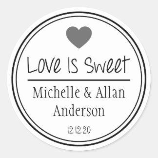Love Is Sweet The New Mr. & Mrs. (Gray / Black) Round Sticker