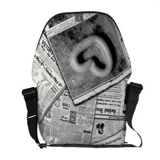 Love letter commuter bag