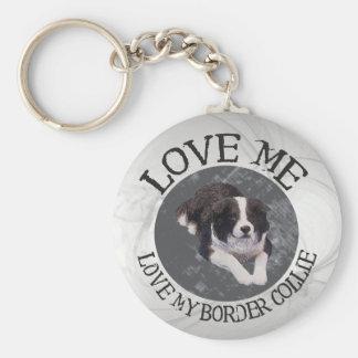 Love me, love my border collie key ring