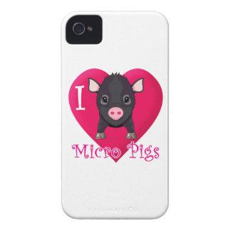 Love Micro PIgs iPhone 4 Case
