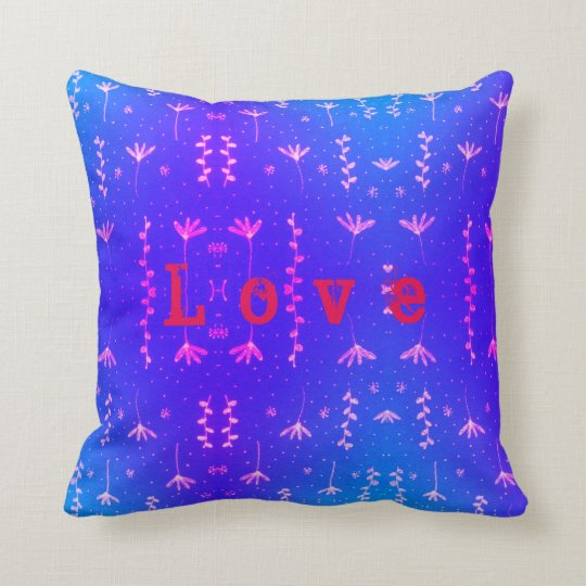 Love nature pattern cushion