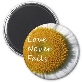 Love Never Fails Daisy 1 Corinthians 13 Magnet