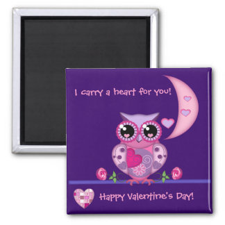 Love Owl carrying a Heart magnet with Text