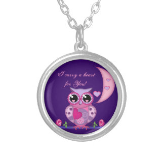 Love owl holding a heart with text necklace