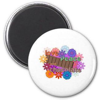 Love peace and chocolate 6 cm round magnet