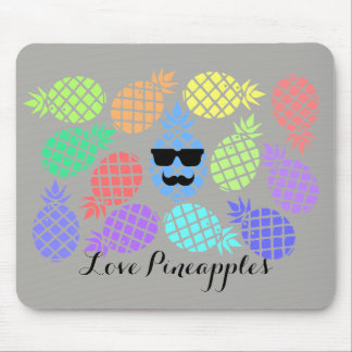 """""""Love Pineapple"""" Colorful Mouse Pad"""