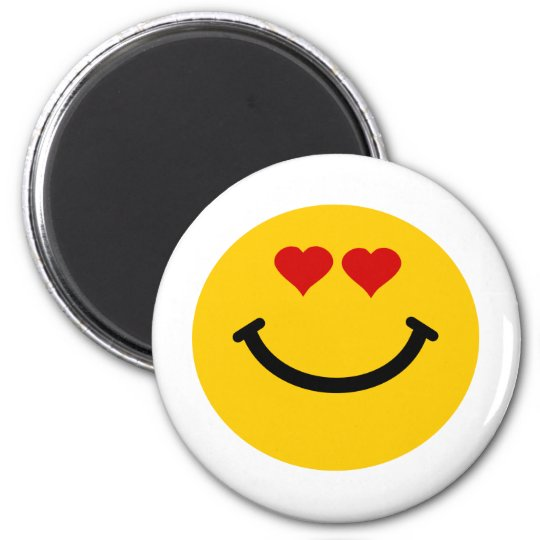 Love struck smiley 6 cm round magnet
