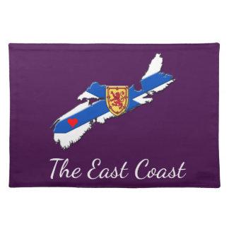 Love The East Coast Heart N.S. place mat purple